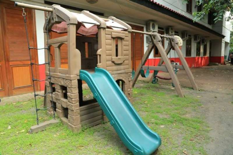 Our Facility#|#|#Playground (outdoor)|||0.11111111111111